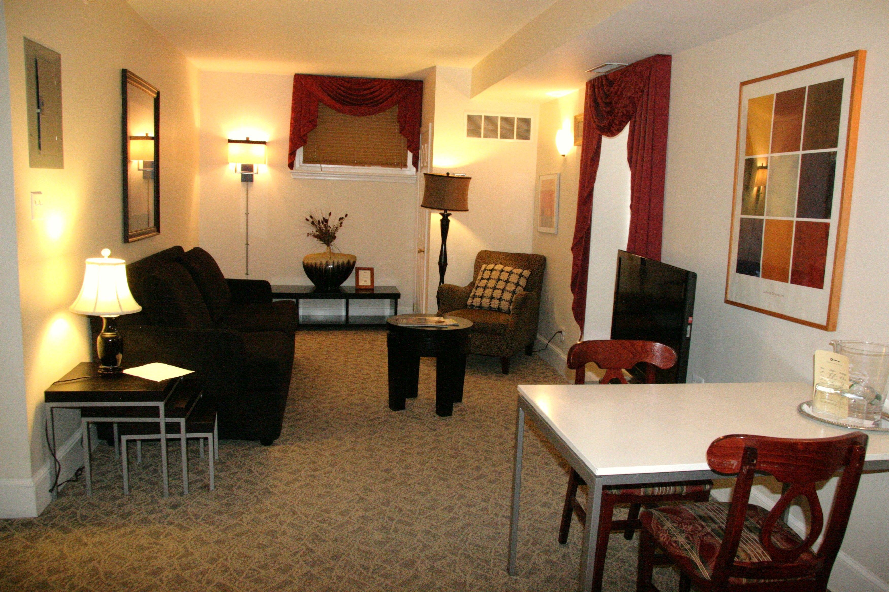 Living Room (Room 101)
