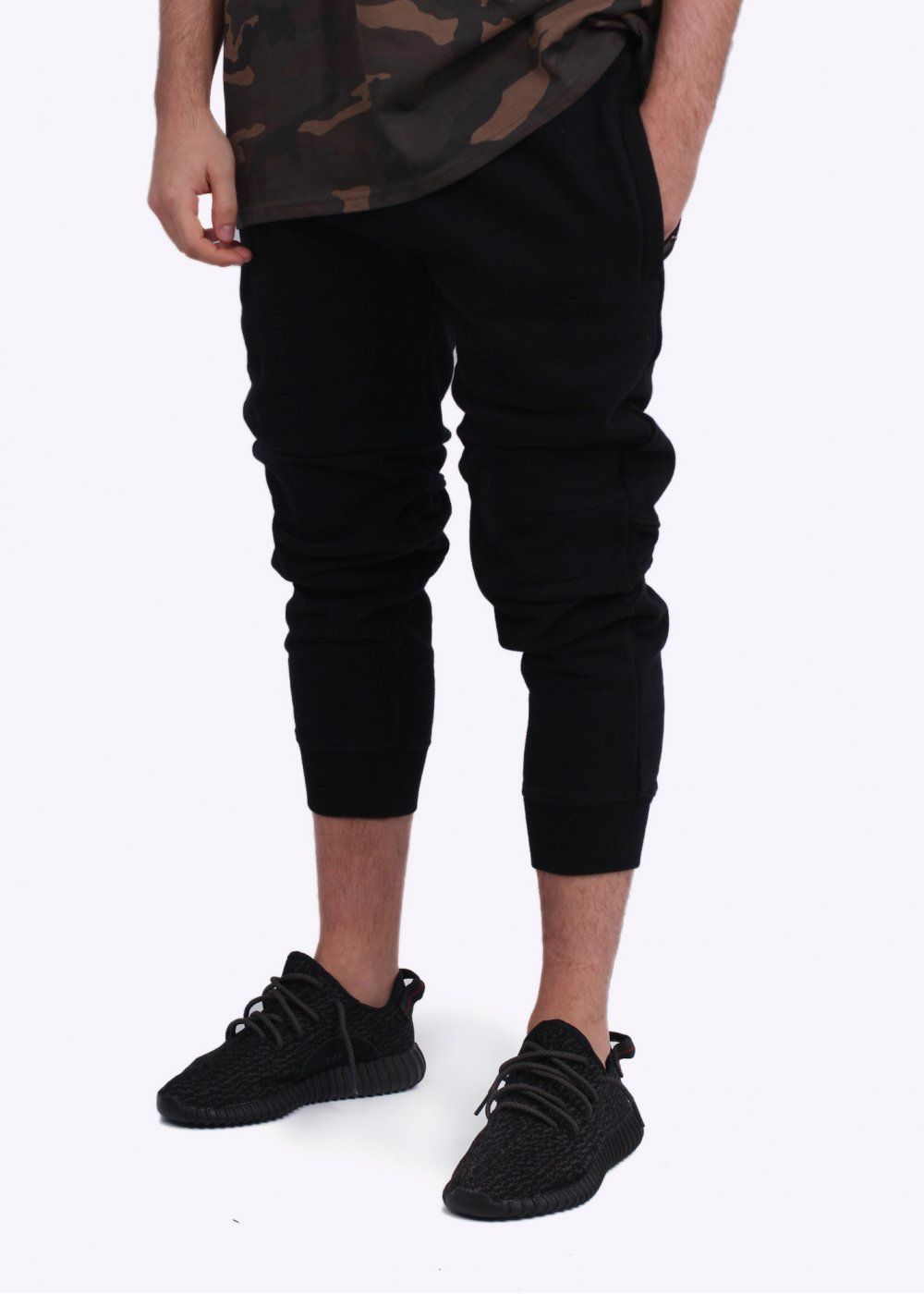ea7c3c682589 Adidas YEEZY SEASON 1 SFT Sweat Pants - Caviar