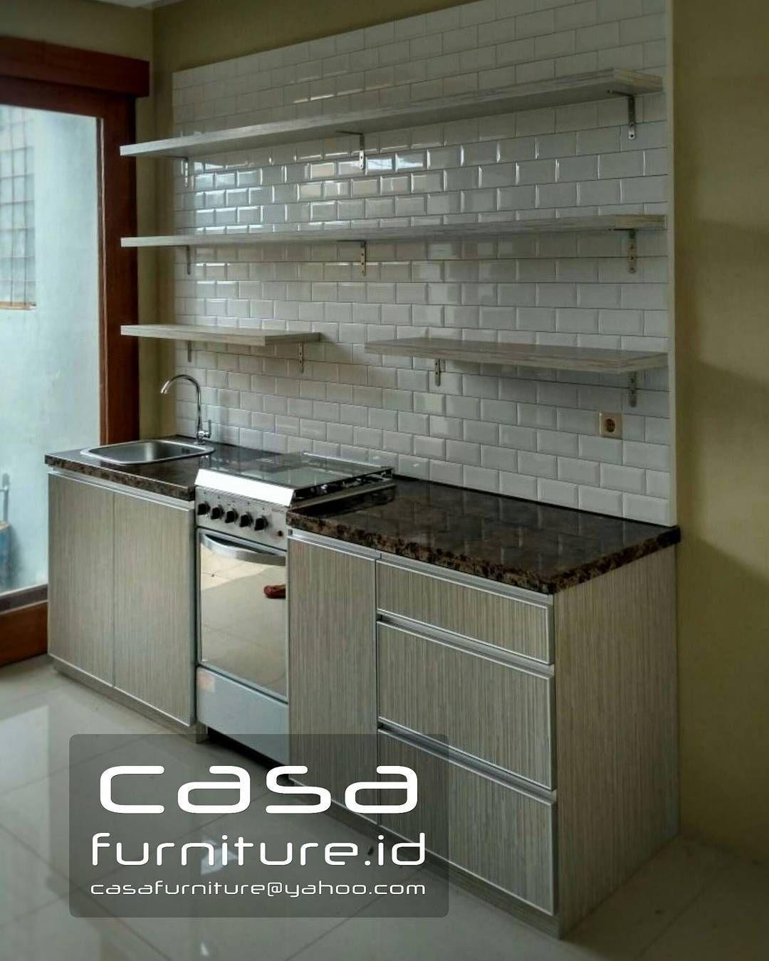 Pin oleh casafurniture id di kitchen set lemari baju furniture apartemen jakarta finishing hpl harga permeter mulai 1 7jt di 2019 kitchen decor