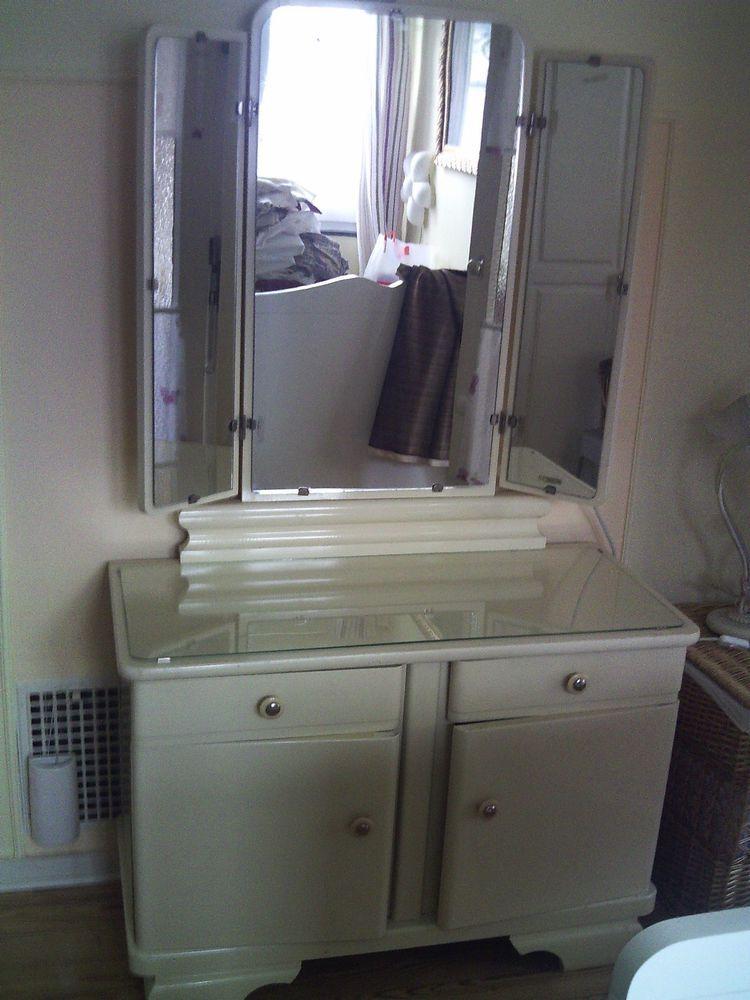 Omas Schminktisch-Kommode mit Spiegel-cremefarben Schminktisch - schlafzimmer kommode mit spiegel