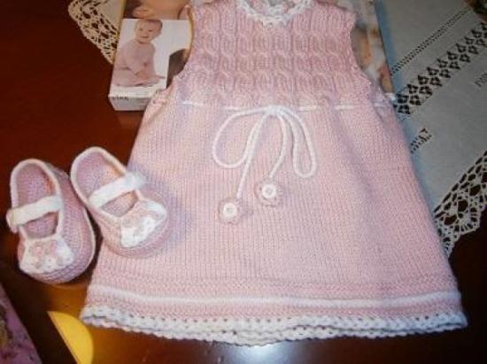 33f814071 vestido bebe 0-3 meses lana amore oso blanco dos agujas