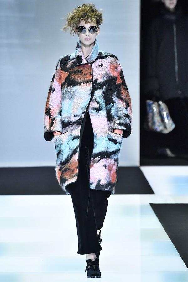 Porta à Berta na Moda: Giorgio Armani anuncia fim do uso de peles de anim...