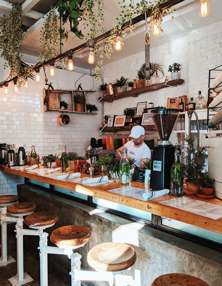 Top 5 Brunch Spots in New York Cozy coffee shop, Coffee