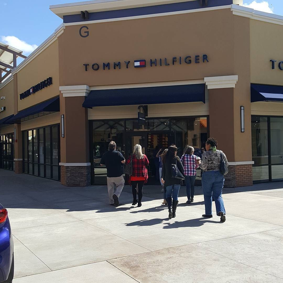 This is the only Tommy Hilfiger location in the state of Arkansas and it's located at the Outlets of Little Rock.#tommyhilfiger #ShopOutletsofLittleRock #outletmall #shopping #littlerock #clothing