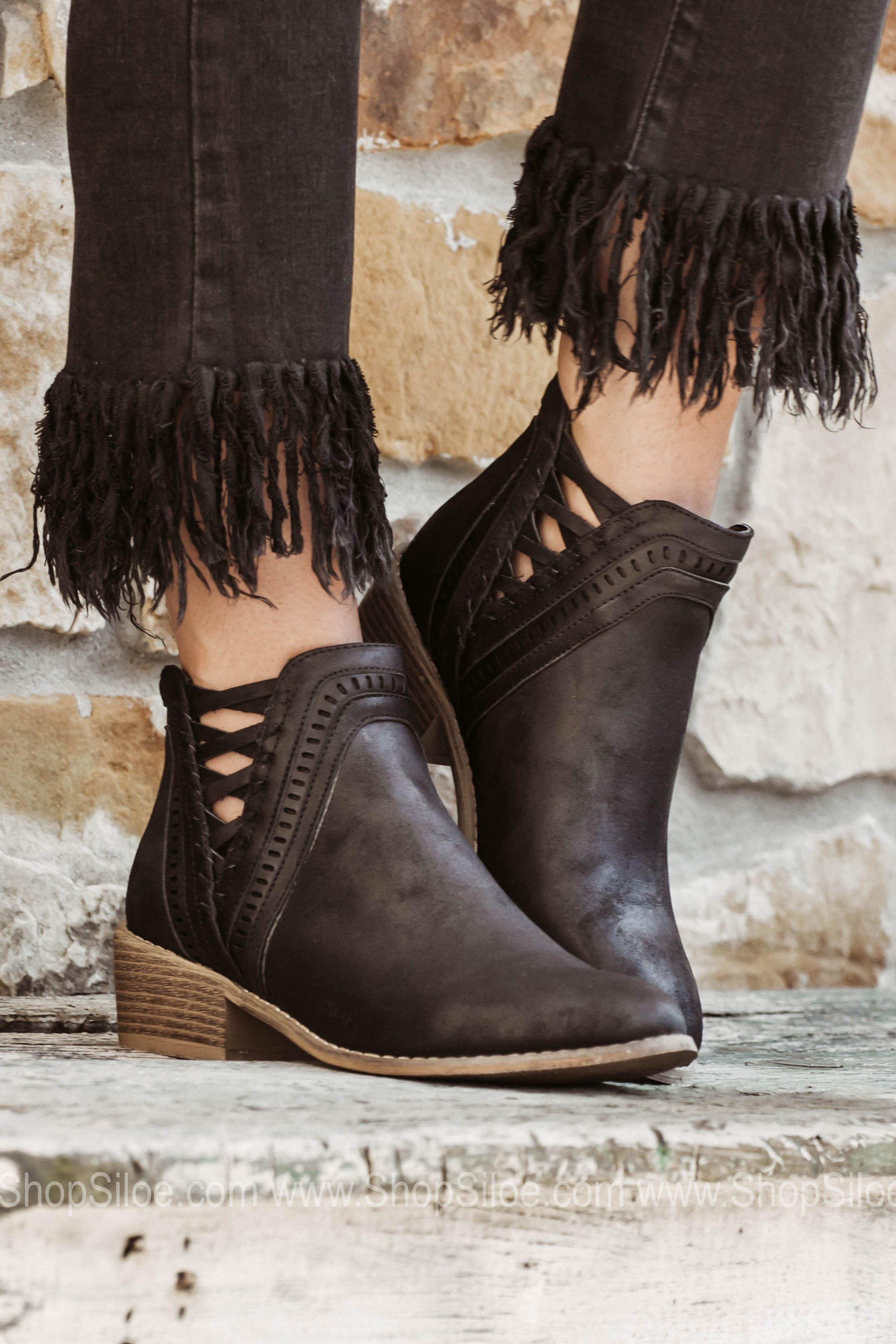 61ad763b32f4d Black Leather Lace-Up Booties | Products | Leather, lace, Lace up ...