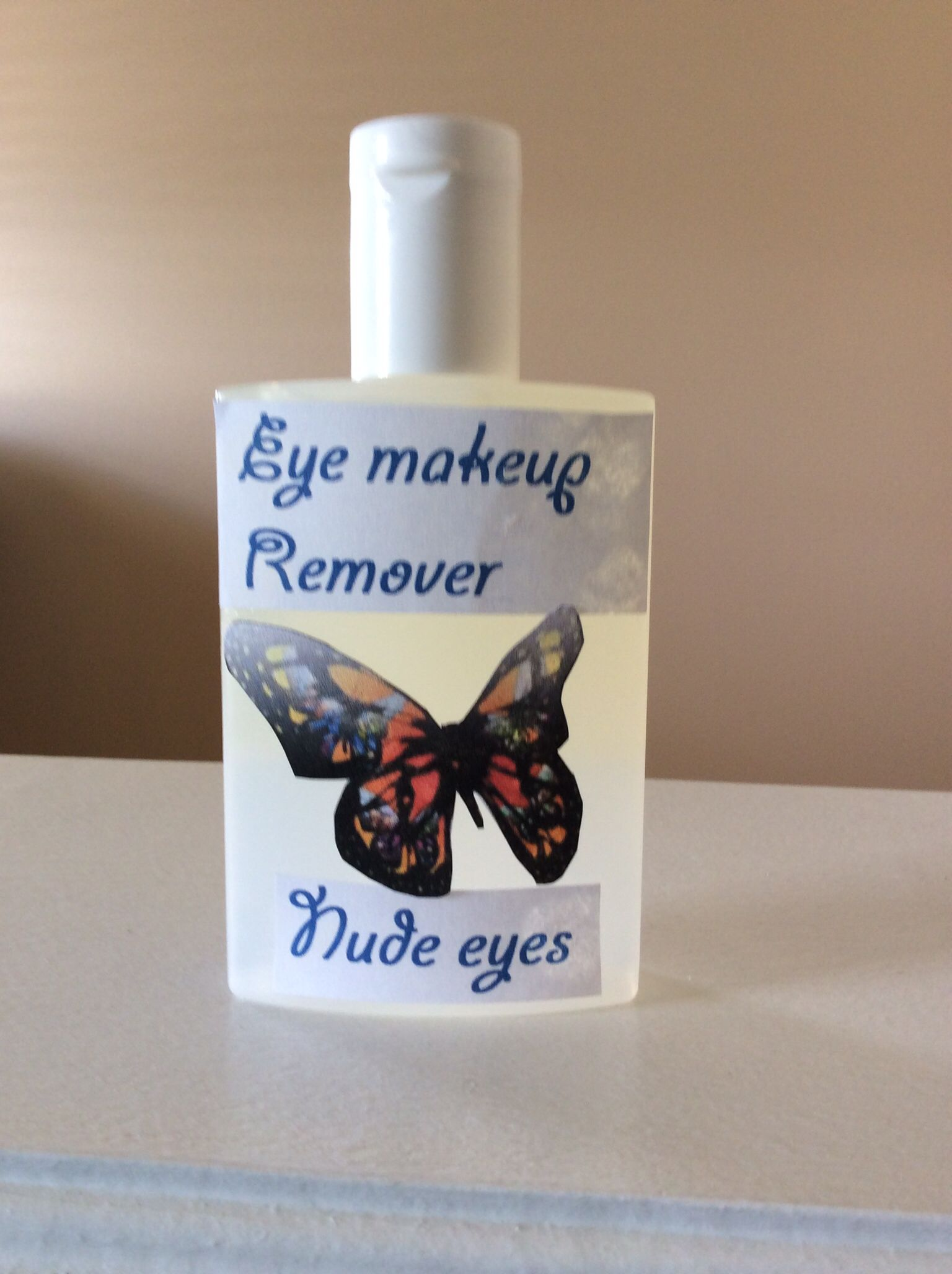 Witchhazel alcohol free and coconut oil for an amazing eye
