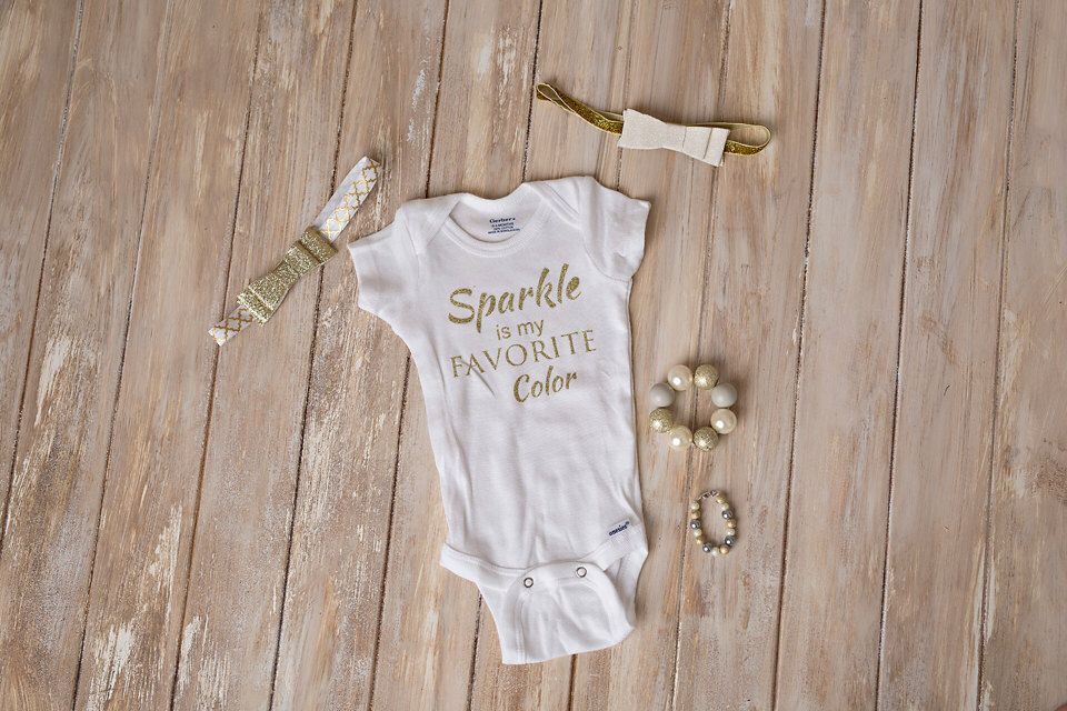Take home outfit, newborn onesie, baby hospital outfit, newborn photo shoot, hello world onesie, baby onesie, baby girl outfit by LittleStatement on Etsy https://www.etsy.com/listing/258150618/take-home-outfit-newborn-onesie-baby