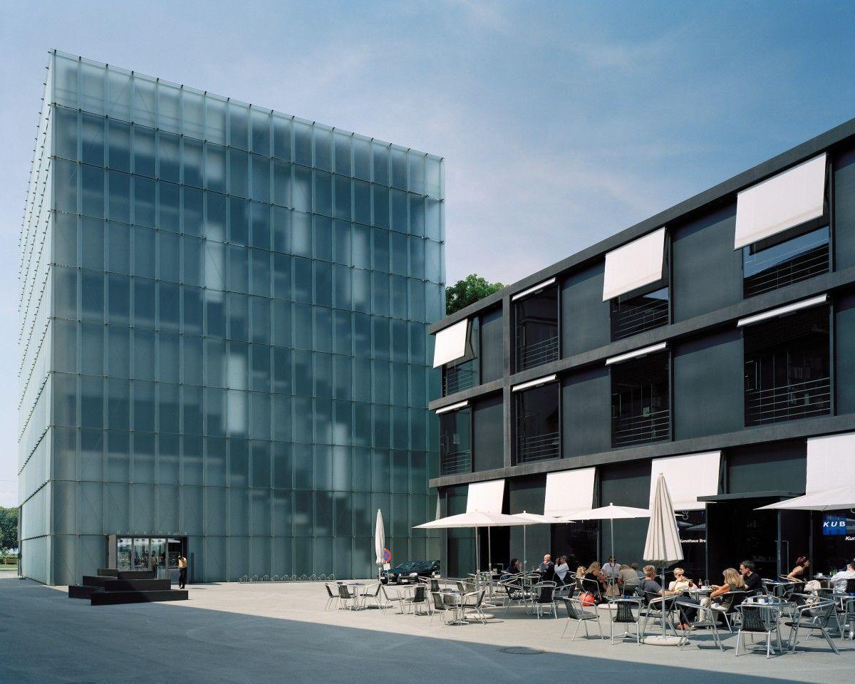 Kunsthaus Bregenz design by Peter Zumthor ピーターズントー と ピーター