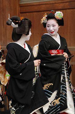geiko Mameshino and Mamechiho