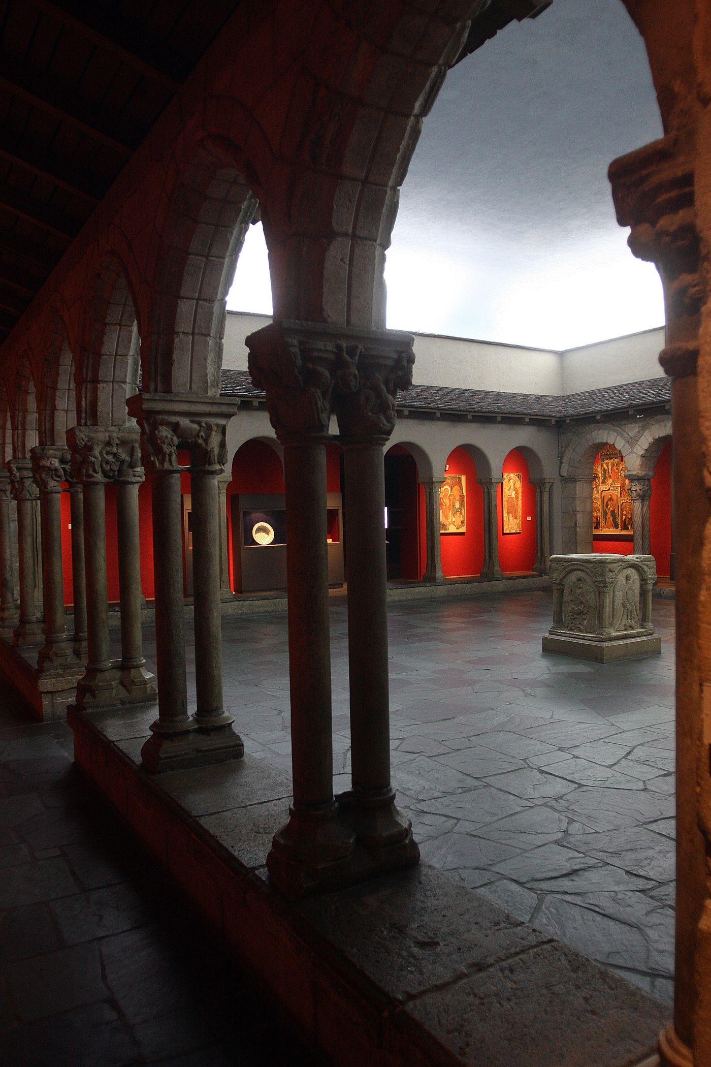 Cloisters At Toledo Museum Of Art Did An Early Music Solo - Music museums in usa