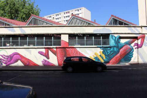 Mural by Jason Botkin in Paris 13th district.  Fresque de Jason Botkin dans le 13ème arrondissement de Paris.