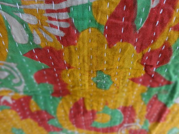Vintage Kantha Throw / Bohemian Kantha Bedding / Reversible Indian Cotton Bedspread / Handmade Multi Color Antique Bed Cover, Rom decor