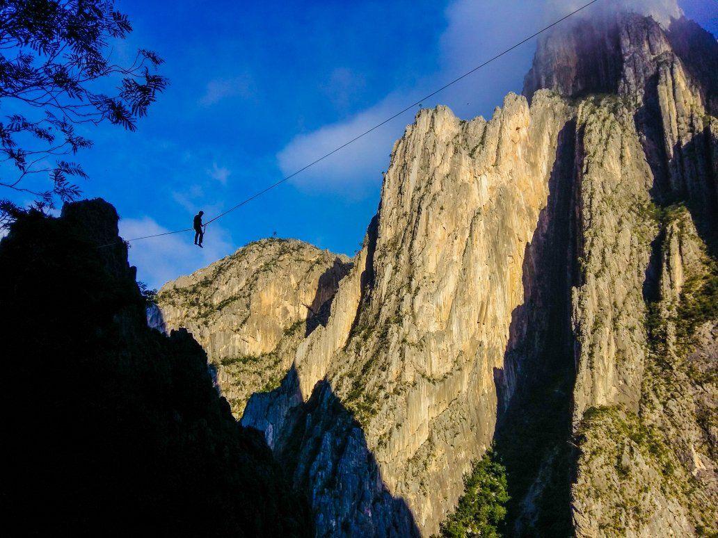 #highline #mountains #landscape #slackline #sports #naturephotography #outdoors #photography #adventure #lovenature https://t.co/ZAMIYvsTsS by @la_tapianohemi on December 11 2016 at 10:47PM