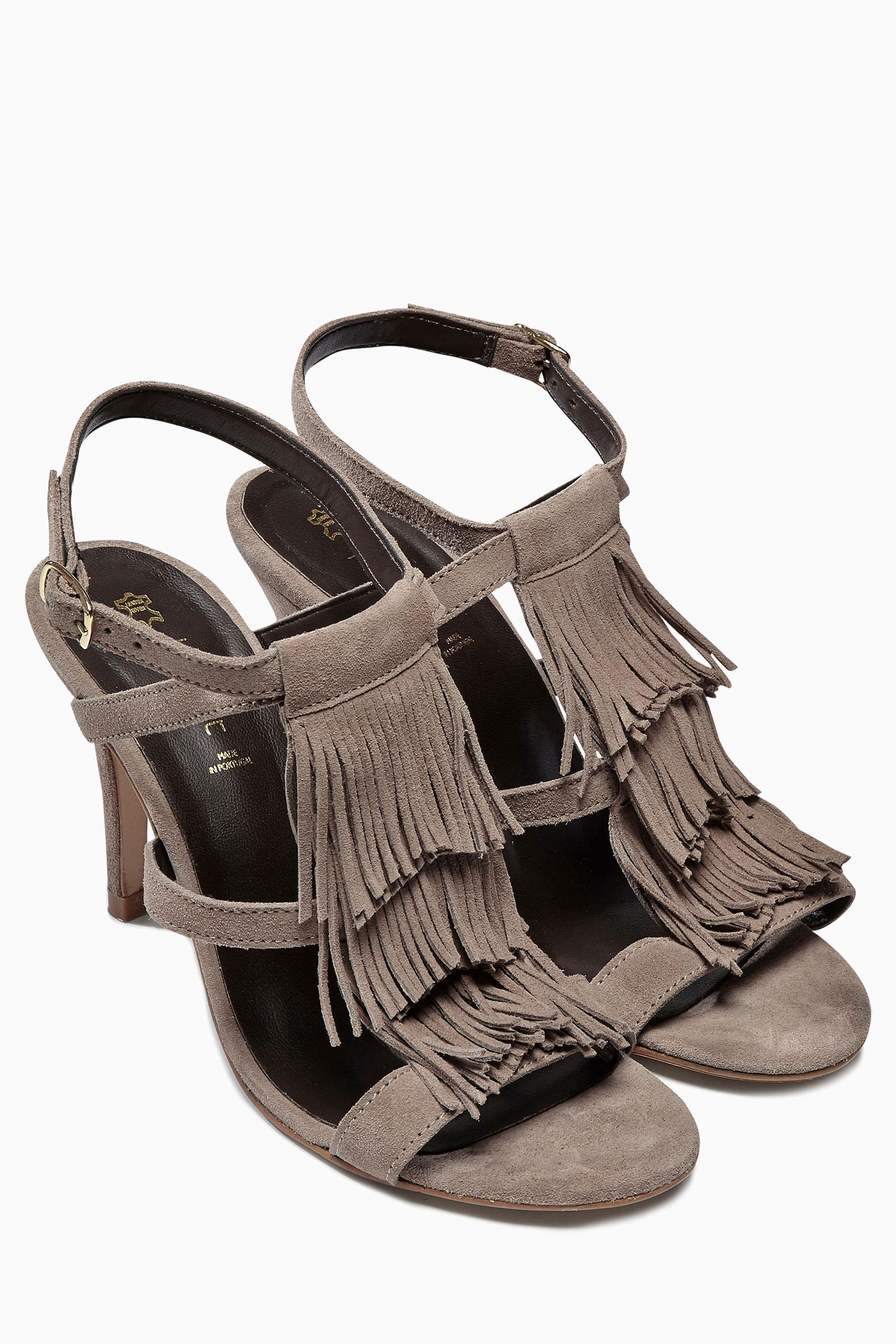 Acheter Sandales à franges en daim en ligne sur Next