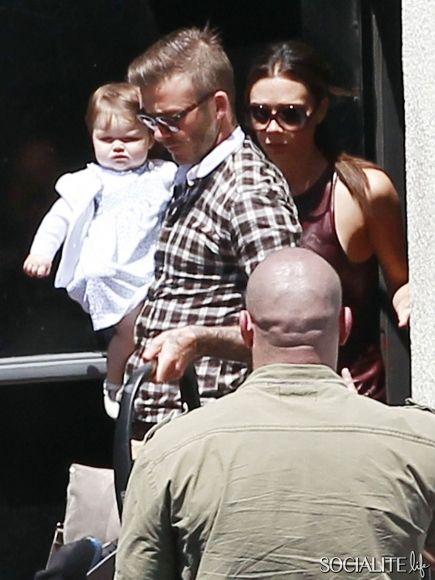 Harper Beckham's cheeks!!!!!!!!!!!