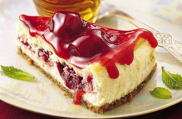Razzle-Dazzle Berry Cheesecake Recipe