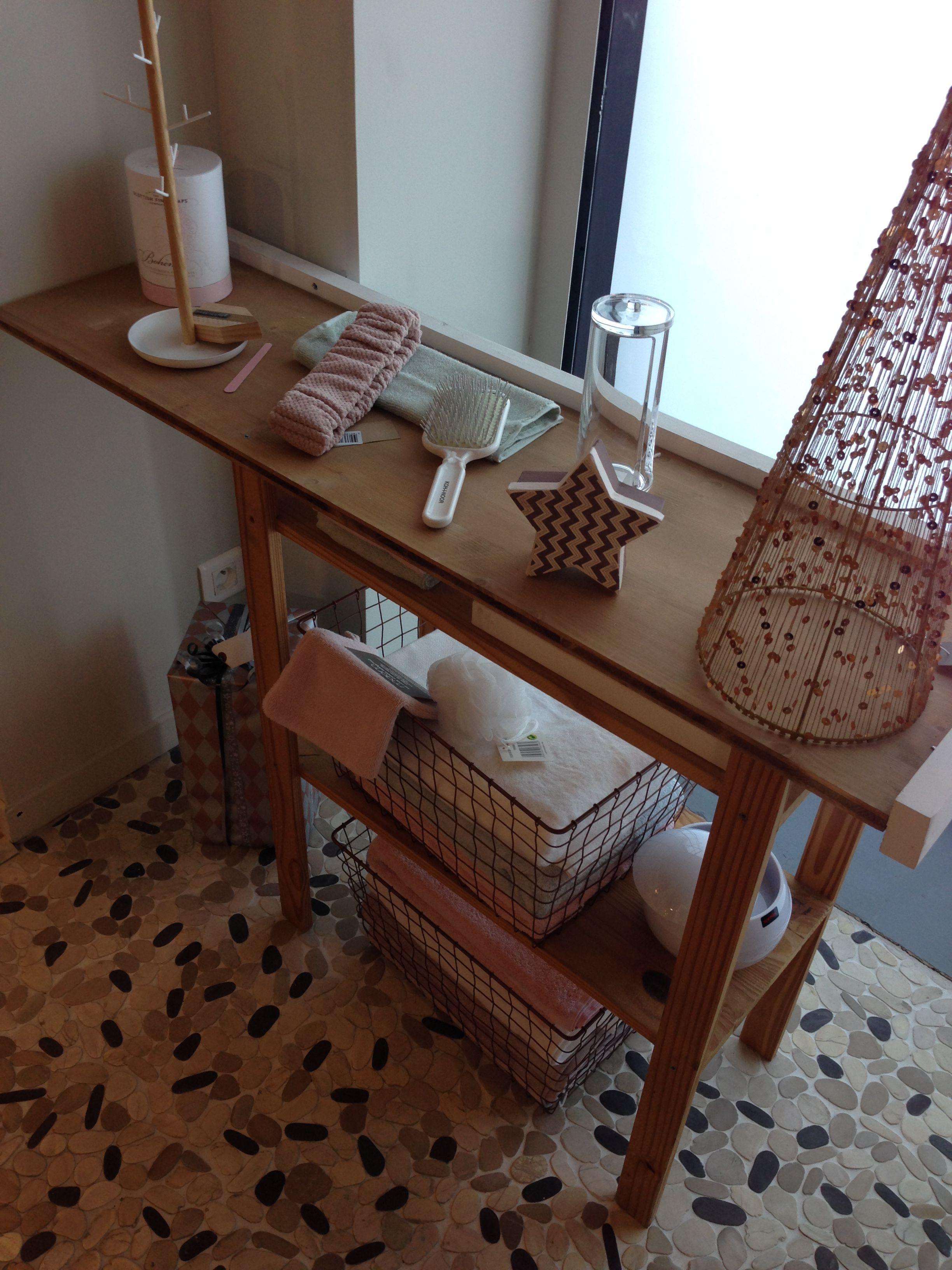 La Salle De Bain Theme Nordique Zodio Bordeaux Avec Images Zodio Bordeaux Zodio Style Scandinave
