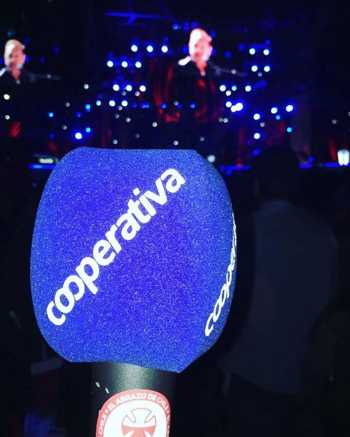 Radio Cooperativa transmitiendo el cierre de la Teletón en el Estadio Nacional. Todos los detalles en la 93.3 FM