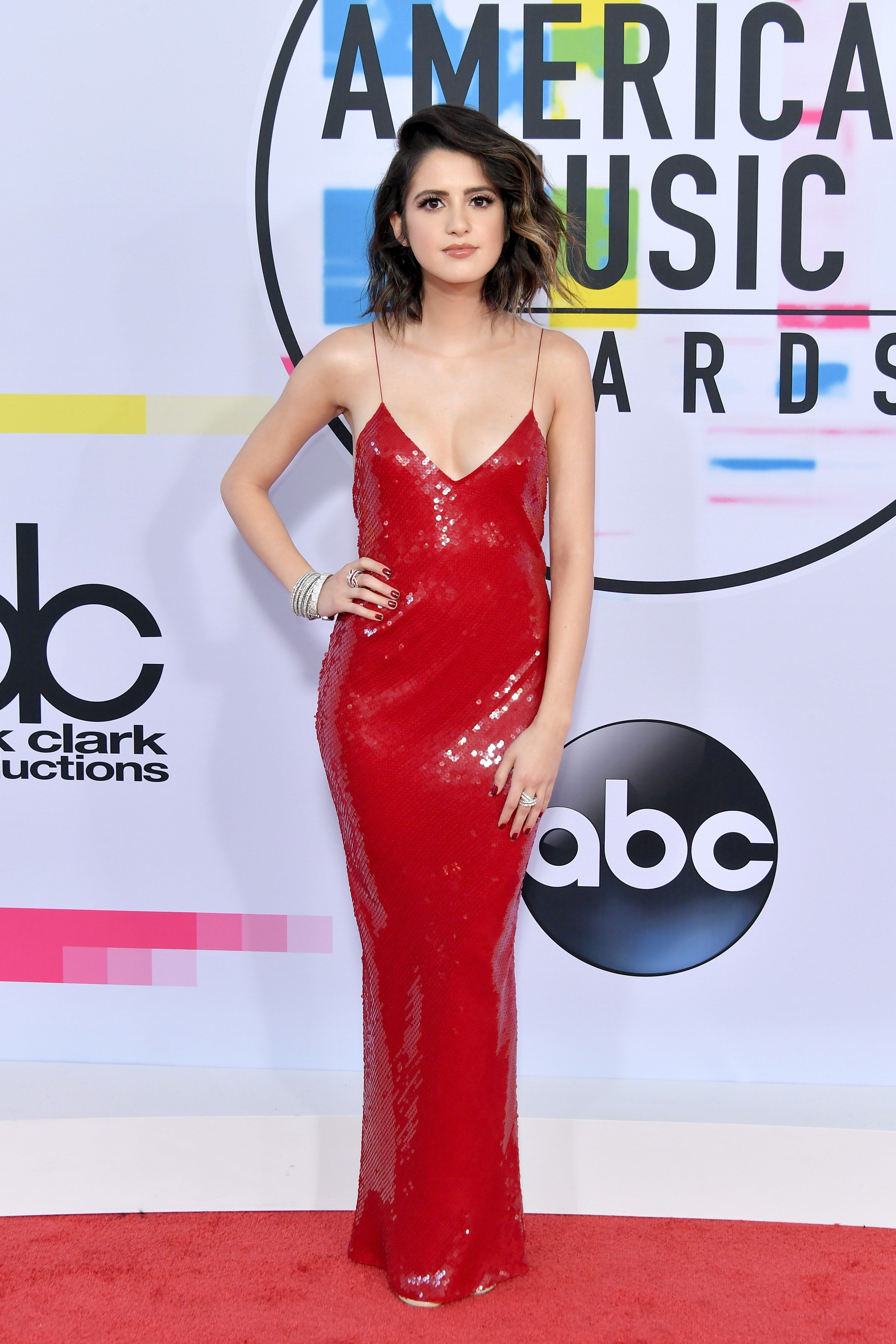 All the Looks at the 2017 American Music Awards Red Carpet ...