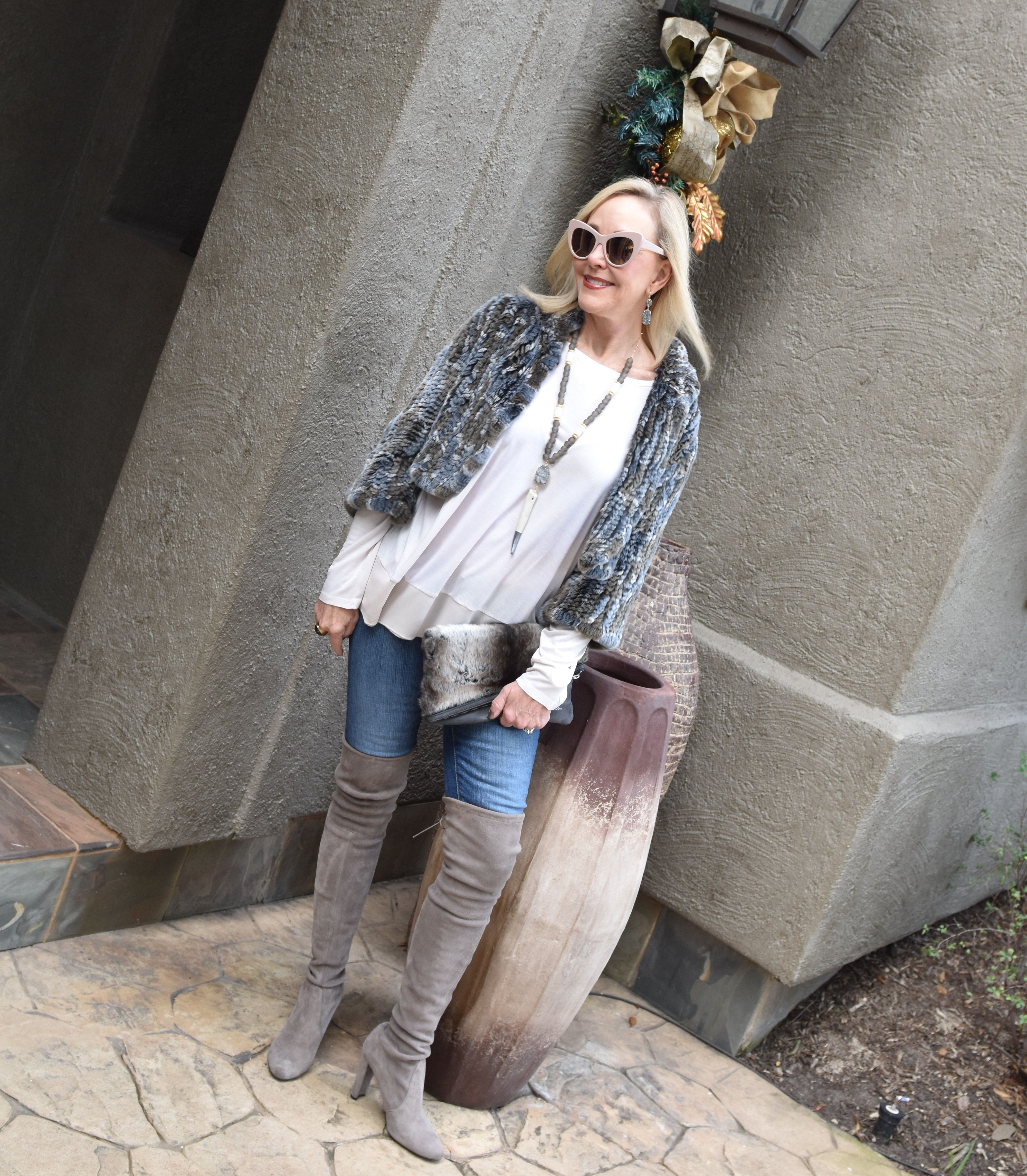 a9fdd497dae1 4 Tips  How To Wear Over The Knee Boots Over 40