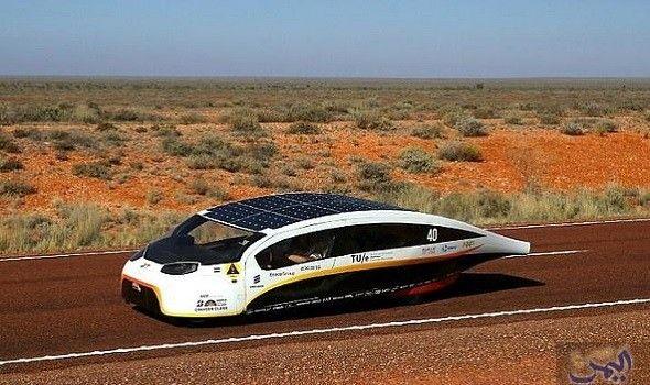 ستيلا الهولندية هي مستقبل السيارات الكهربائية Solar Powered Cars Family Car Car