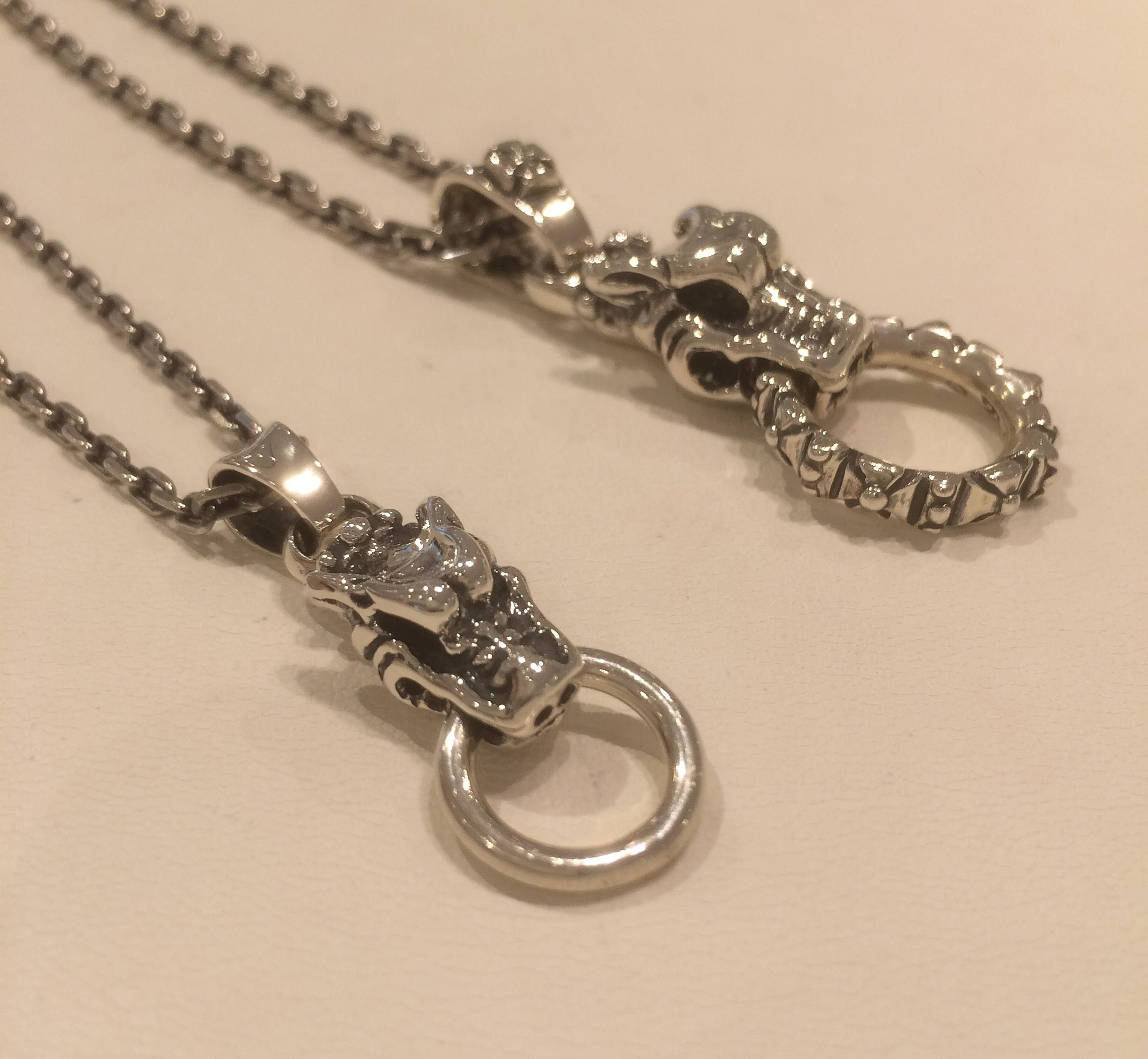 CHS058 GARGOYLE GHARM ¥36,720-(tax in) PDS021 GARGOYLE PRNDANT WITH CROSS BALE ANDFORMEE RING ¥74,520-(Tax in)