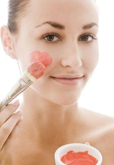 Masques visage maison : 8 recette de grand-mère pour une peau parfaite
