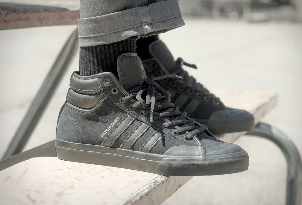 buy online 94be7 857fa Adidas Matchcourt High RX2