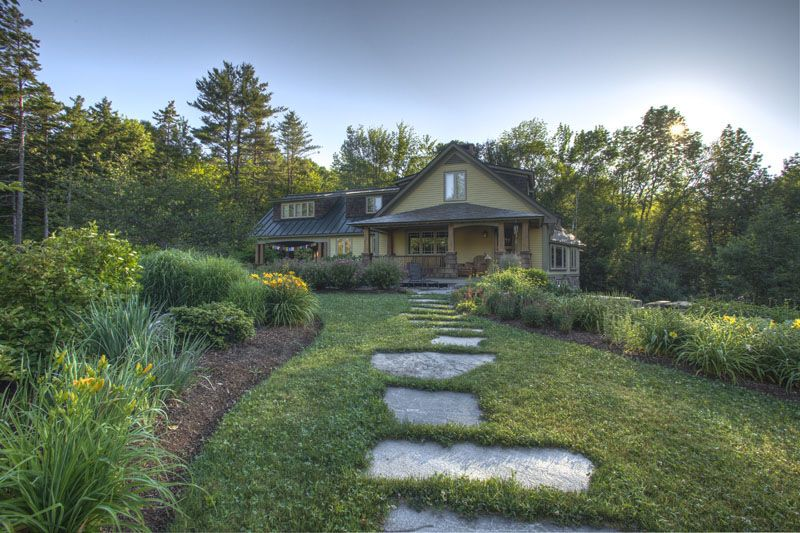Nothing More Fun Stepping Stone Paths Traditional Landscape Stone Path Stepping Stone Paths