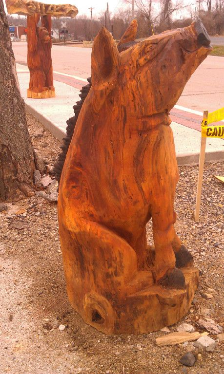 Chainsaw carved animals wooden sculptures pinterest
