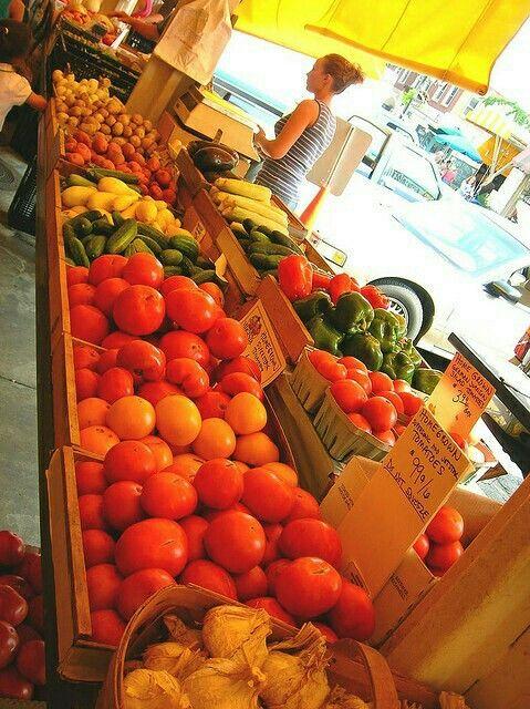 Downtown Roanoke farmers market