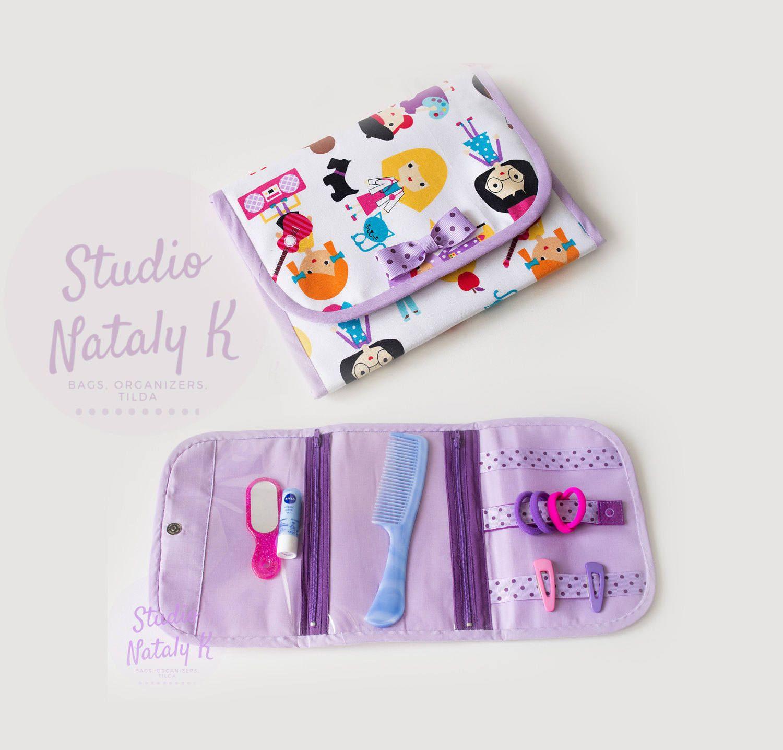 Girls print purple mauve hair accessories organizer clear vinyl pockets zippered barrette bows holder Travel girl little hair clip storage by StudioNatalyK on Etsy #kidshairaccessories