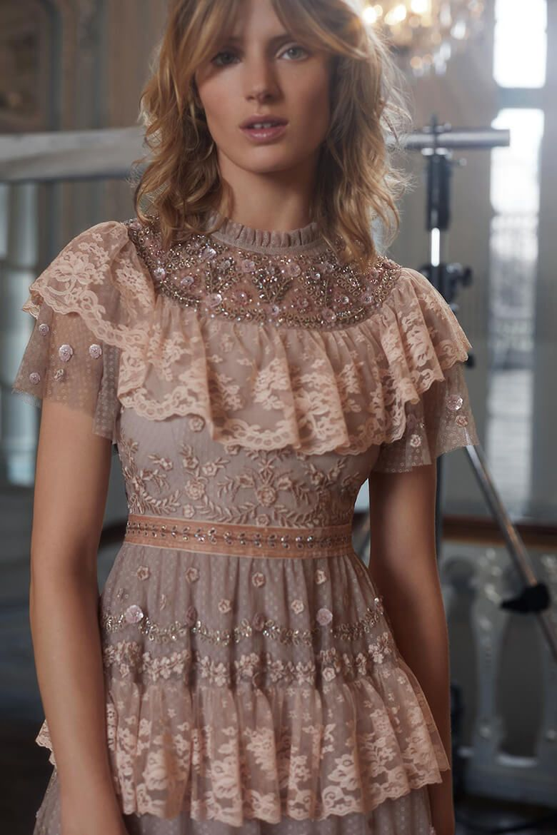 Christmas Dinner Dresses 2019.The Ultimate Holiday Party Dresses From Needle And Thread In