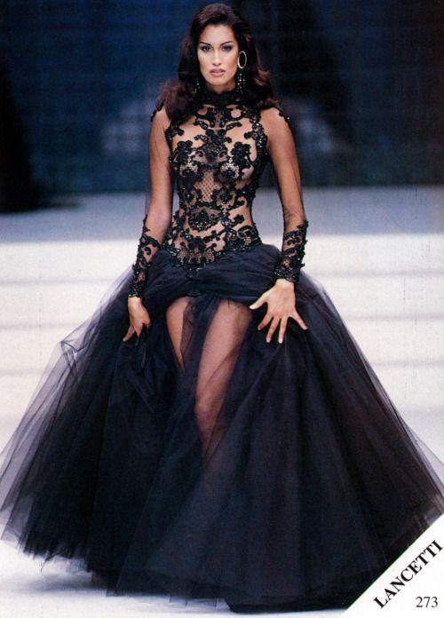 Yasmeen Ghauri - Lancetti couture - #lexeecouture http ...