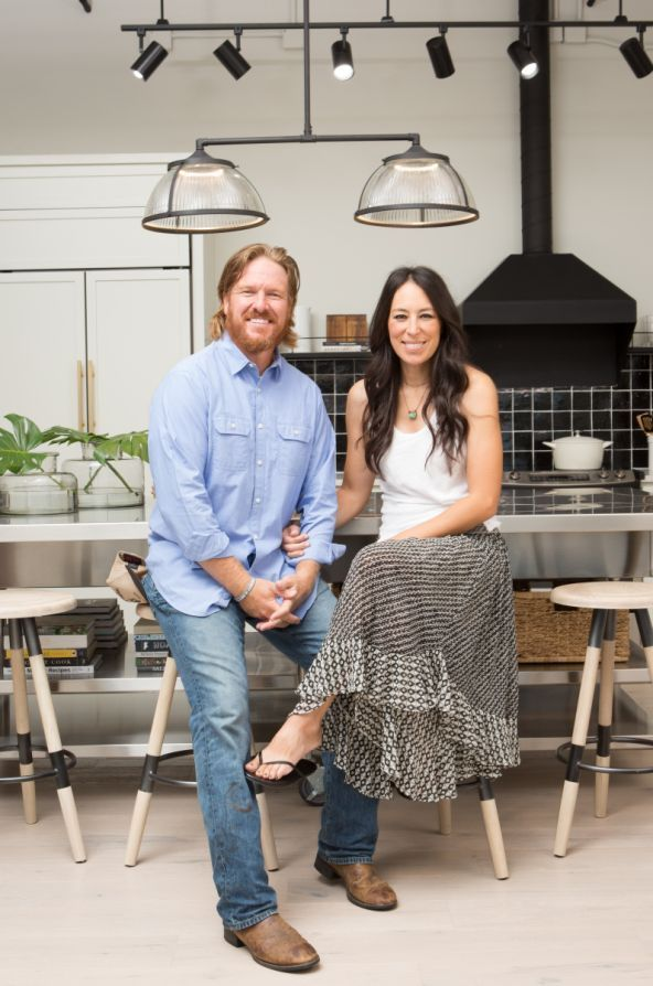 Chip and Joanna Gaines Take on Their First-Ever Fixer Upper Apartment Renovation: Seen Inside - #Apartment #Chip #FirstEver #Fixer #Gaines #Joanna #joannagaines #Renovation #Upper #chipandjoannagainesfarmhouse