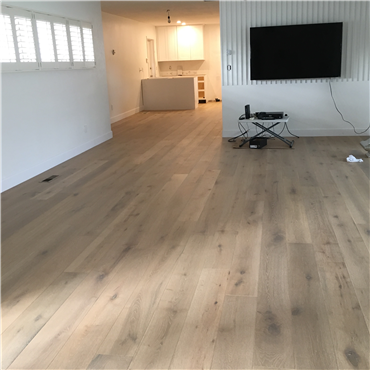 7 1 2 X 1 2 European French Oak Riviera Antique White Prefinished Engineered Wood Flooring White Laminate Flooring White Oak Floors Wood Floors Wide Plank