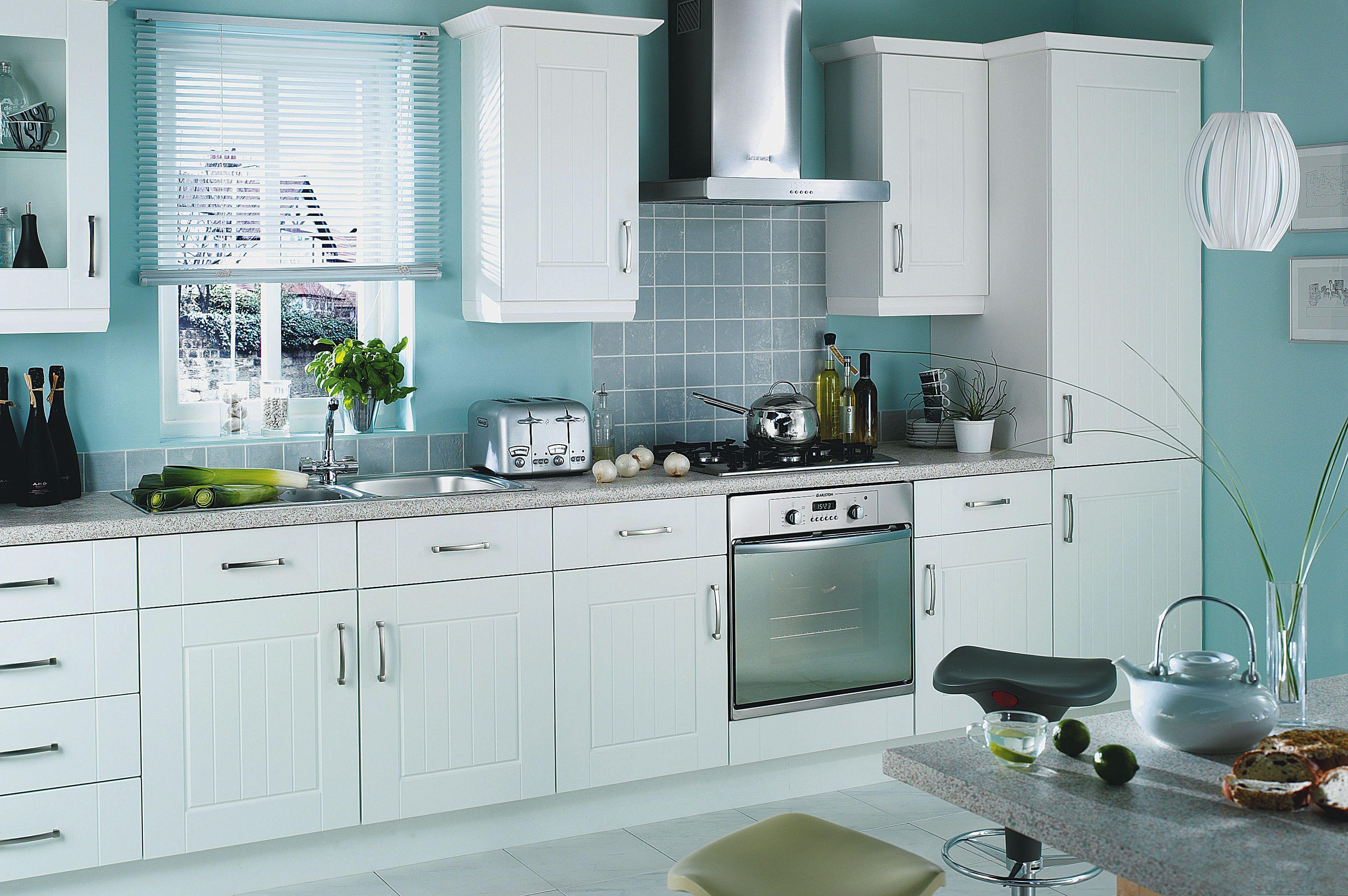 White kitchen with colour accent | kitchens | Pinterest | Color ...