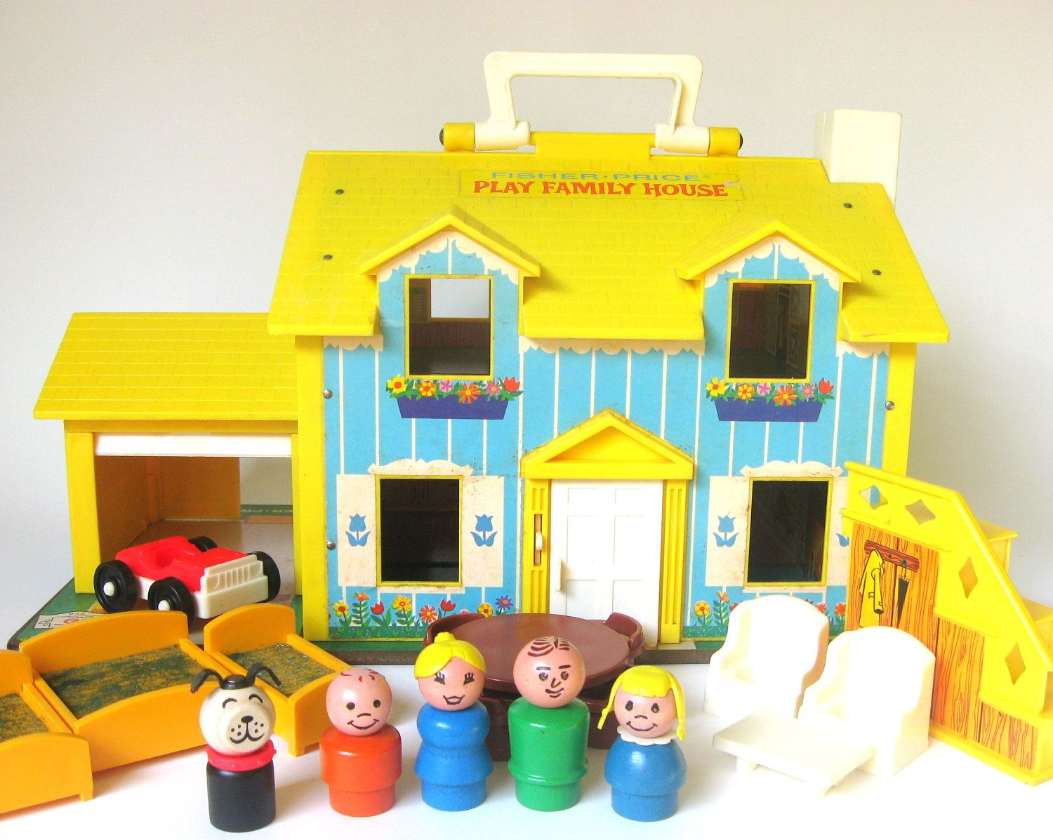 Toys For Grandparents House : Vintage fisher price family play house have these at my