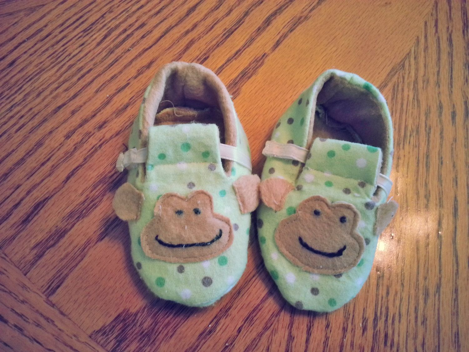 Colorful Monkey Shoes by Cuddlythreads on Etsy