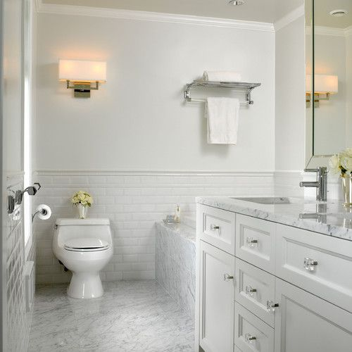 White Vanity With Marble Top Marble Floor And Subway Tile On Walls Simple And Elegant White Marble Bathrooms Bathroom Tile Designs Traditional Bathroom