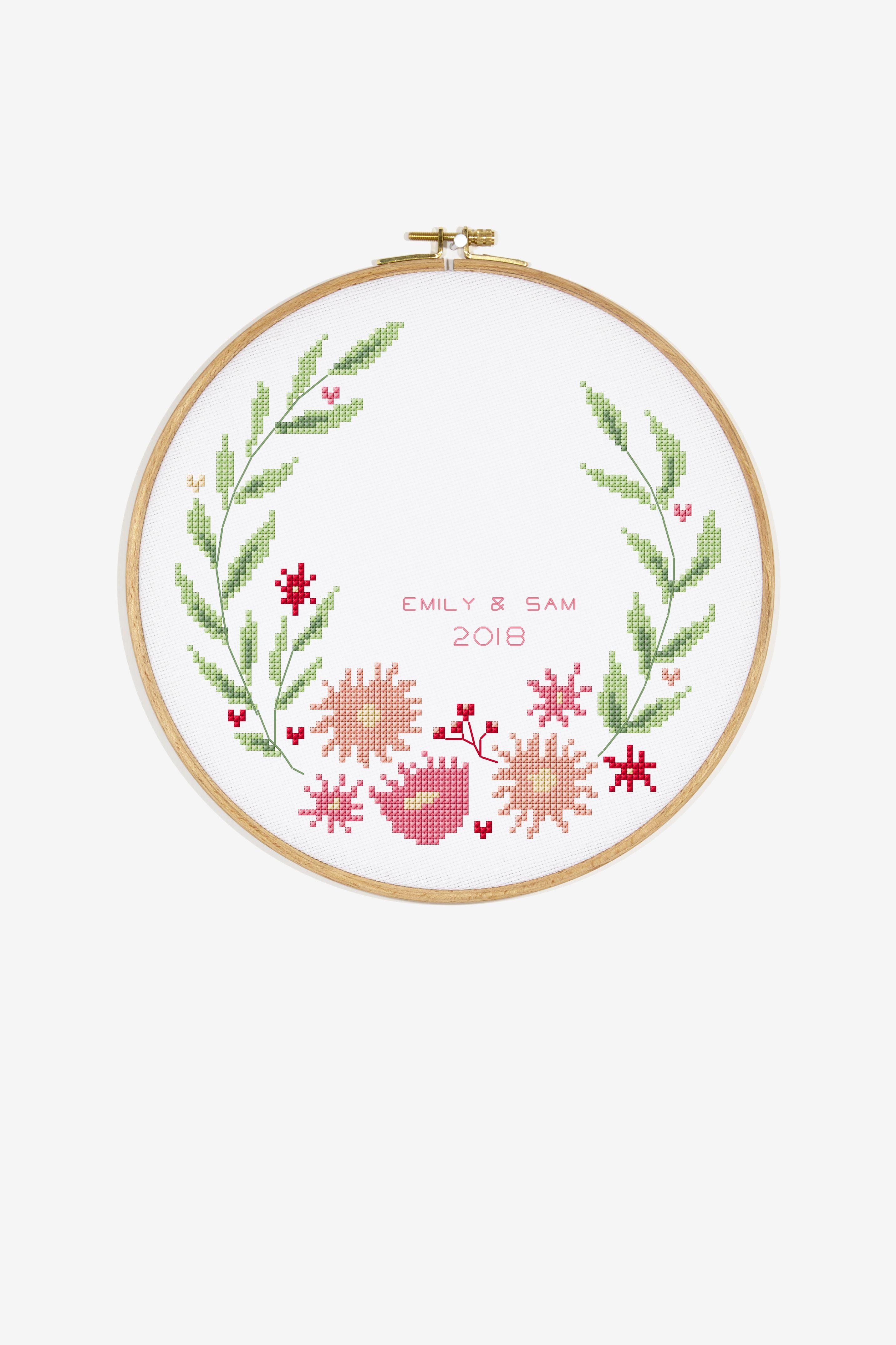 Open Wreath - Free Patterns