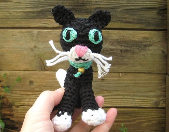 Amigurumi Kitten Patterns : Crochet pattern amigurumi black cat amigurumi kitten pattern