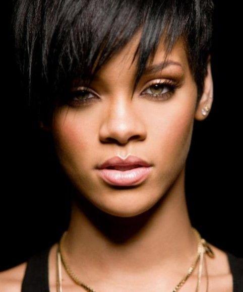 Nouvelle Coupe Rihanna: La Sélection Pour Les Yeux Noisettes