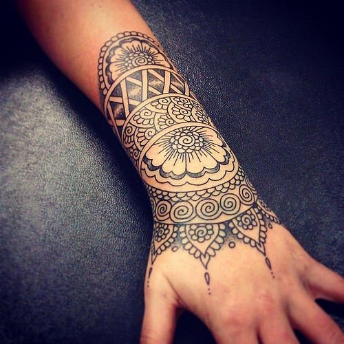 Bildergebnis für wave mandala dotwork tattoos