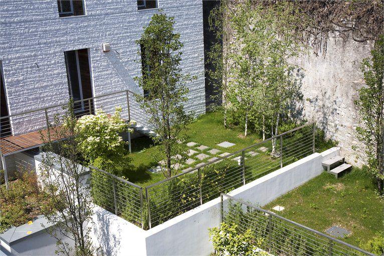 GREEN ROOFS AND FACADES  villa-bianca-a-como