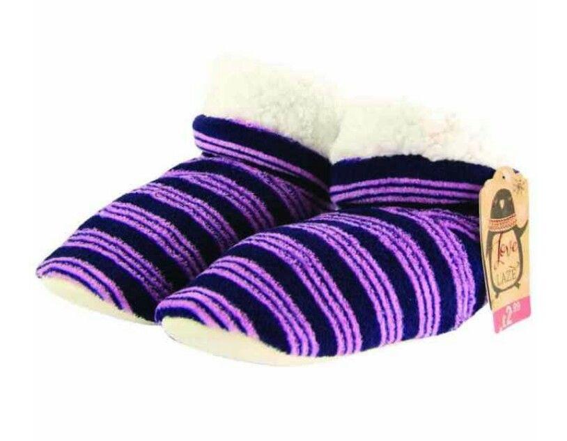 Slide slipper, Slippers