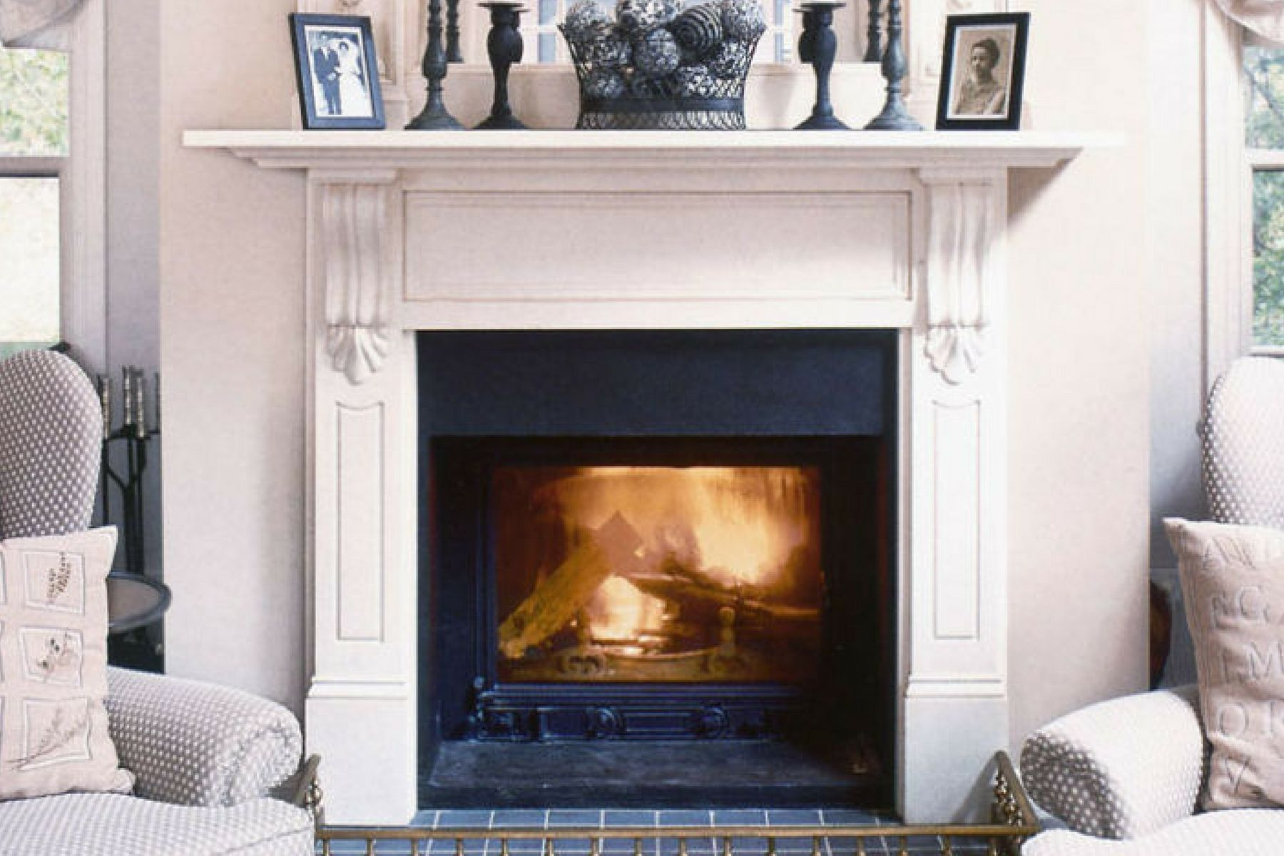 Cheminees Philippe Radiante 700 Fireplace Black Fireplace