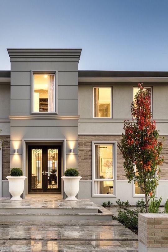 Masetas oara la entrada fachadas en 2019 fachada de for Fachadas de entradas de casas modernas