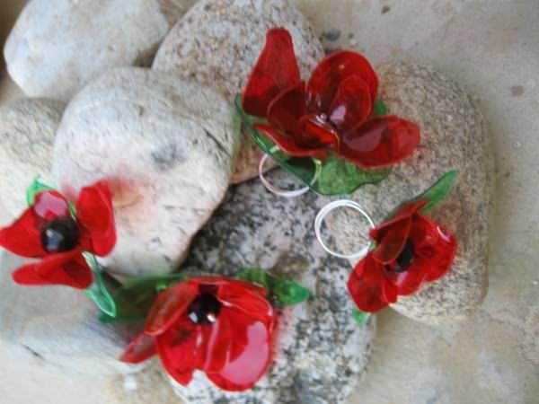 Gioielli da bottiglie di plastica riciclate di plastica upcycled Idee gioielli