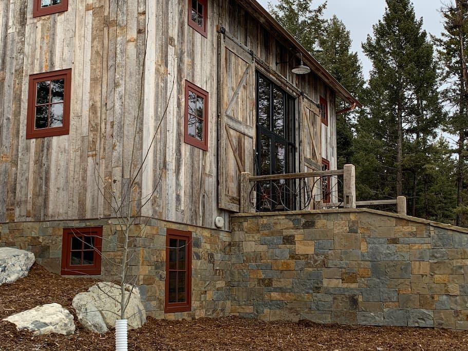 Hummingbird Hallow Houses For Rent In Somers Montana United States Renting A House Flathead Lake Montana